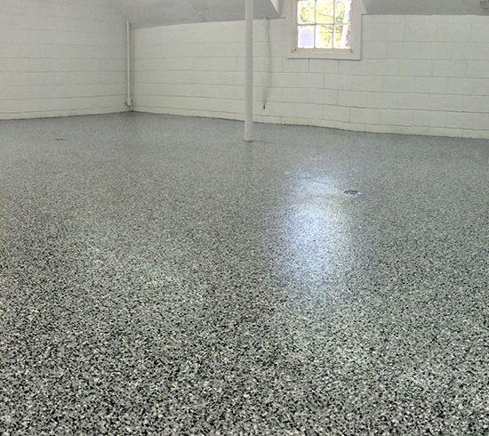 Res Garage Pano Grey