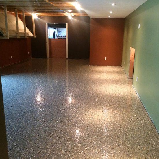 Granit-Finish Basement