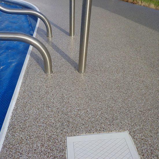 Granit- Pool